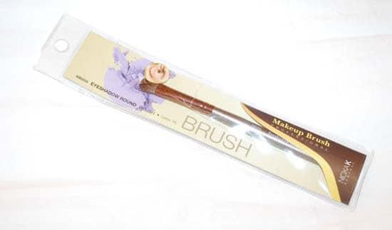 Nicka K Eyeshadow Brush