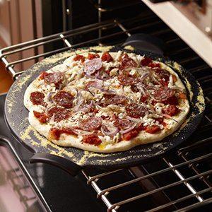 Gift Idea: Emile Henry Pizza Stone