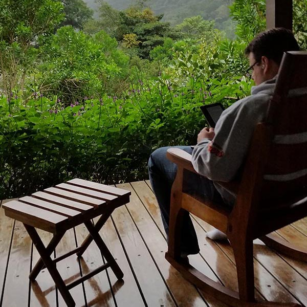 Reading in the cloud forest at El Silencio