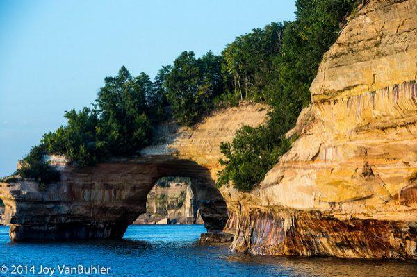 Michigan Bucket List: Pictured Rocks