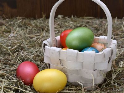 Easter Basket: Non-Candy Easter Stuffers