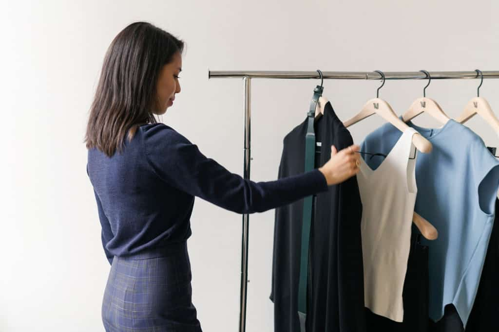 MM.LaFleur stylists pick clothing based on your preferences